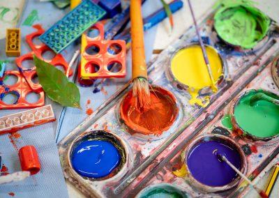 p1066447_art-equipment-paints